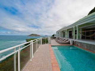 Spacious and private villa which overlooks the ocean WV AJM - Flamands vacation rentals