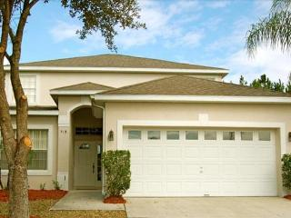 Raven Orlando Area Golf Vacation Home for Rent-5 Bedroom, Private Pool, Discount Rates - Clermont vacation rentals