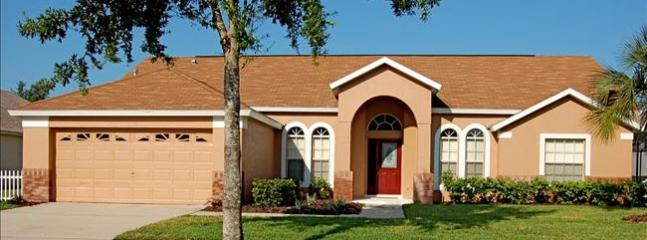 Heron Rental homes in Clermont Fl-4 beds, Private Swimming Pool near Disney - Image 1 - Clermont - rentals