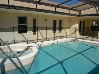 Owl Disney Vacation Rental Home-6 Bedroom 4 Bathroom Charmer in Orange Tree - Clermont vacation rentals