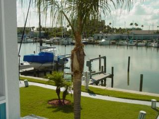 BEAUTIFUL WATERFRT 169G Madeira Beach Yacht Club - Madeira Beach vacation rentals