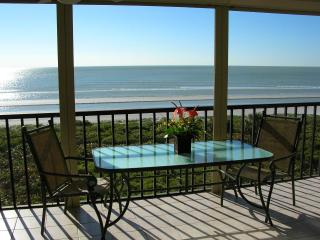 Sundial O407 - BEACHFRONT with Luxury and Privacy - Sanibel Island vacation rentals