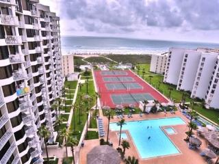 Completely remodeled penthouse at Saida III 3127, beachfront resort w/ pool, palapa bar. - Port Isabel vacation rentals