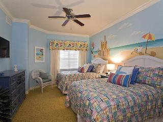 Luxury Home Relaxed Surroundings Close to Disney - Reunion vacation rentals
