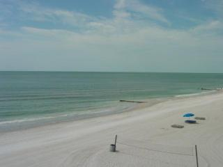 Beautiful Large Beachfront Unit 303 Aire Dam - Madeira Beach vacation rentals