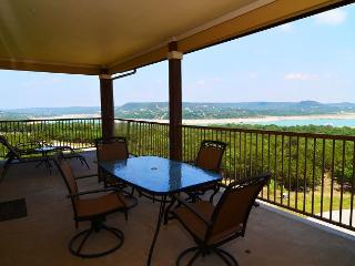 Great Hill Country Condo with Amazing Amenities: Pool, Club House & Marina! - Jonestown vacation rentals