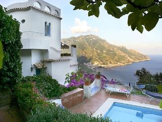 Ravello Retreat Amalfi villa with view, Ravello villa rental with pool, wedding villa on Amalfi coast, Villa with parking Ravello - Ravello vacation rentals