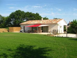 3 bedrooms house - middle of French Atlantic Coast - Poitou-Charentes vacation rentals