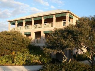 Kiva Dunes Home:  Between the Gulf & #14 Fairway - San Miguel de Allende vacation rentals