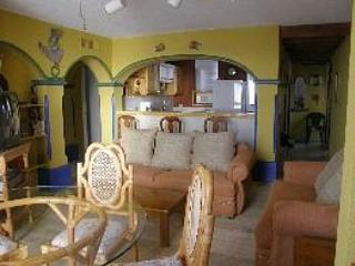 Comfortable with kitchen fully stocked - GREAT PRICE!-2 bedroom condo on the beach - Cancun - rentals