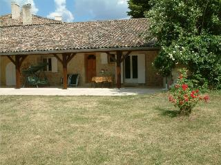 St Emilion  The Best of Both Worlds at Beau Sejour - Naujan-et-Postiac vacation rentals