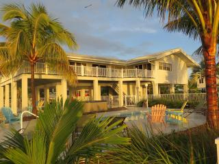 Oceanfront Luxurious Home with Deep Water Canal & Heated Pool - Marathon vacation rentals