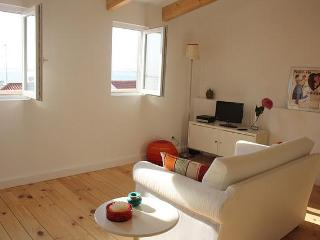 Loft in Alfama with river view - Lisbon vacation rentals