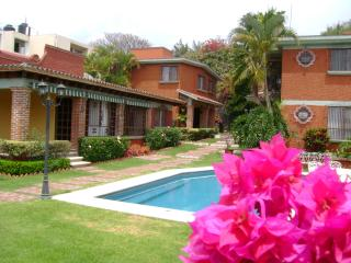 "Villas ""La Pradera"" w/beautiful Garden and Pool - Cuernavaca vacation rentals"