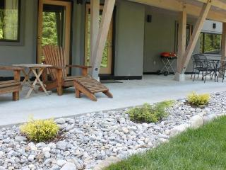 Cozy 2 bedroom Cabin in Fernie - Fernie vacation rentals