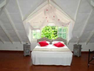 La Digue Seychelles Villa in green - Praslin Island vacation rentals