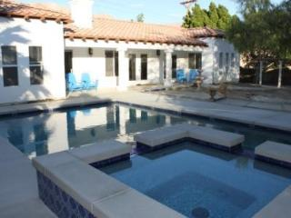 Gorgeous House in La Quinta with Dishwasher, sleeps 8 - La Quinta vacation rentals