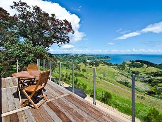 Luxury Holiday House, Onetangi, Waiheke Island - Manukau vacation rentals