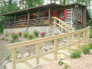 LOG CABIN, Hot Tub/FP/King/Qu/Massage Chair/WiFi - Asheville vacation rentals