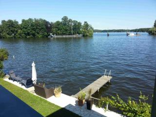 Vacation House on the Water in Berlin - Berlin vacation rentals