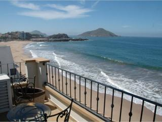 Oceanfront Lurxy Condo  3bd/2ba TS 511 and others - Mazatlan vacation rentals