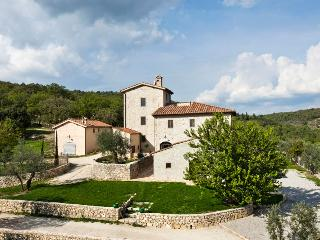 Perfect House with Internet Access and Dishwasher - San Donato In Collina vacation rentals