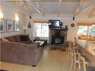 Seasons 4 - 2 Brm loft - 2 Bath , #116 - Image 1 - Mammoth Lakes - rentals