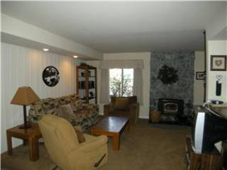 Seasons 4 -2  Brm - 1.5 Bath , #111 - Image 1 - Mammoth Lakes - rentals