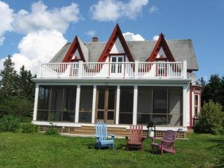 Perfect 4 bedroom House in Rockland - Rockland vacation rentals