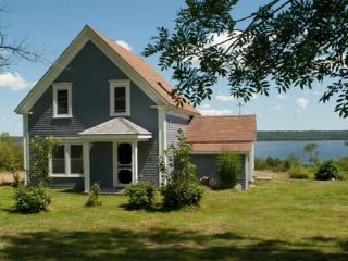 Rising Sun Guest House, Shelburne, Nova Scotia - Shelburne vacation rentals