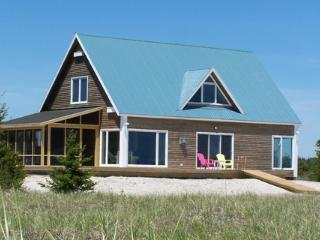 3 bedroom House with Deck in Louis Head - Louis Head vacation rentals