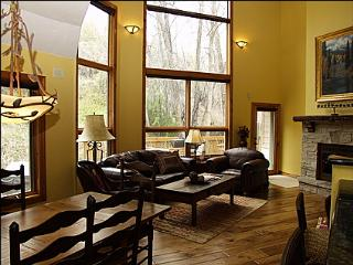 Luxury Arrowhead Home - Next to the Forest and Near the Golf Course (10856) - Edwards vacation rentals