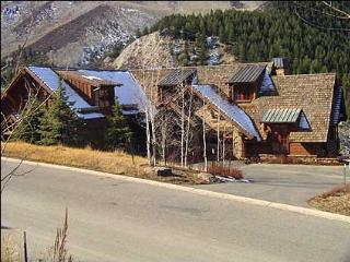 Executive Home, Great for a Group - Slopeside Luxury (10999) - Edwards vacation rentals