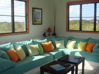 1,000 sq. ft. Cottage in Shoal Bay Village - Shoal Bay Village vacation rentals