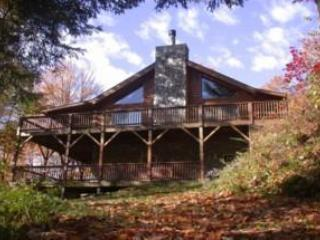 Walch Smoky Mountain Log Cabin Creekside Retreat - Maggie Valley vacation rentals