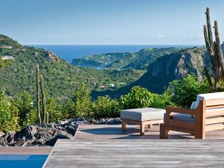 Luxurious & vast 3 bungalow villa with maximum privacy WV ECG - Gouverneur vacation rentals