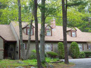 Spacious 4 bedroom Townhouse located in Ogunquit - Ogunquit vacation rentals