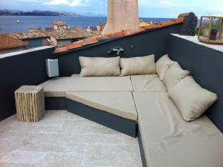 Luxury Fisherman's Townhouse - Unique Terrace - Saint-Tropez vacation rentals