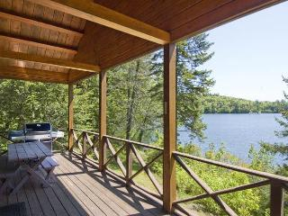 Beautiful Waterfront Log Cabin - White Mountains - White Mountains vacation rentals