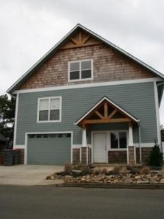 Fabulous 4-BR House, 1.5 Blocks To Beach! - Seaside vacation rentals