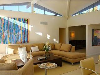 Canyon View Luxury Villa in Palm Springs Near Golf - Palm Springs vacation rentals