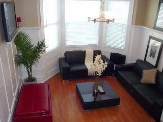Available November/December! Modern 2 Bedroom Flat - San Francisco vacation rentals