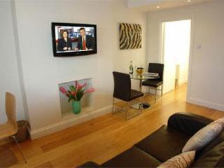 Brompton House Sleeps 4 in Kensington & Chelsea - London vacation rentals