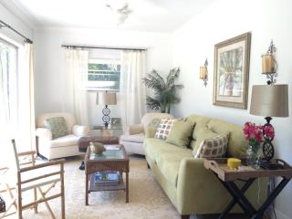 Romantic 1 bedroom Cottage in Sebastian - Sebastian vacation rentals