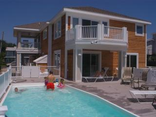 Walk to Beach, Pool,Hot Tub, Incredible WaterViews - Fenwick Island vacation rentals