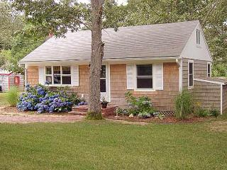25 Oquamoshod Rd.  North Eastham - Eastham vacation rentals