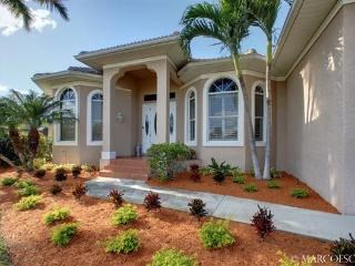 CAMELLIA - Southern Exposure Waterfront Escape with European Flare!! - Marco Island vacation rentals