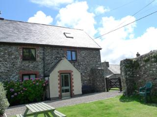 Beautiful 2 bedroom House in Haverfordwest - Haverfordwest vacation rentals