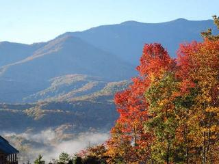 2 Bedroom Cabin Close to Downtown - Amazing Views - Gatlinburg vacation rentals