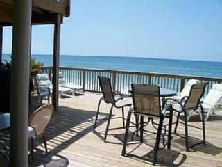 IRRESISTIBLE! HUGE 4BR GULF FRT *PRIVATE BEACH! - Destin vacation rentals